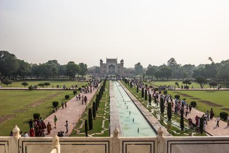 islamic wonderful: November 02, 2014: The gardens of the Taj Mahal in Agra, India