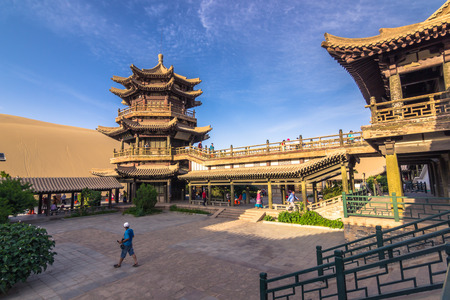 Dunhuang, China - August 06, 2014: Inside the Crescent Lake Oasis in Dunhuang, China 新聞圖片