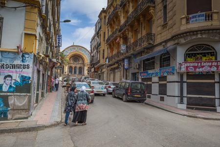 Oran - June 10, 2017: People in the historic center of Oran, Algeria Stok Fotoğraf - 97671712