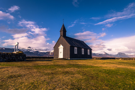 Budakirkja church in Snaefellsjoekull national park, Iceland 版權商用圖片