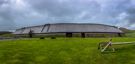 Borg - June 15, 2018: Replica of the Longhouse in the Lofotr Viking Museum at the town of Borg in the Lofoten Islands, Norway Éditoriale