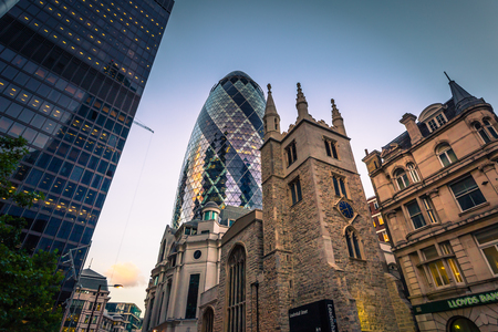 London - August 06, 2018: Modern buildings of downtown London, England Editoriali