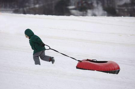 thrilling: Child Pulling Tube