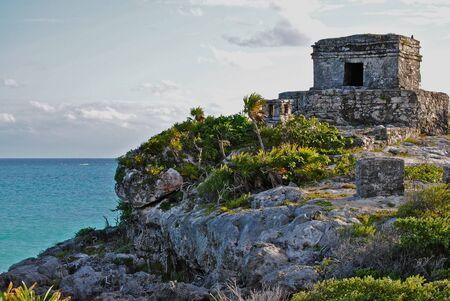Ruines mayas de Tulum, au Mexique. Banque d'images - 9378469