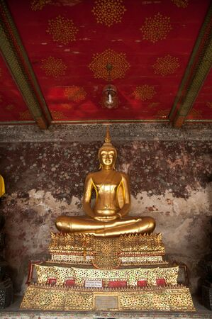 golden buddhist sculpture in thailand Stock Photo - 12368620