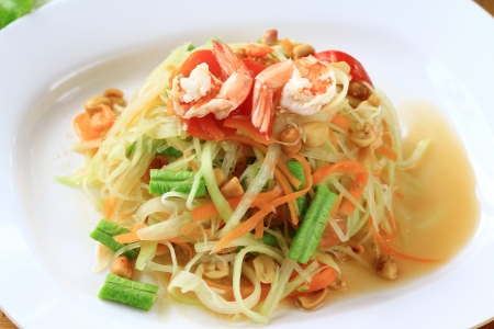 Green papaya salad thai cuisine spicy delicious Stock Photo - 14646996
