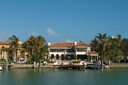 Duurdere huizen uit Miami in mijn portefeuille Stockfoto - 933871