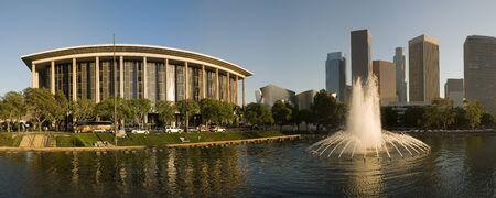 Downtown Los Angeles met fontein Stockfoto - 1665239