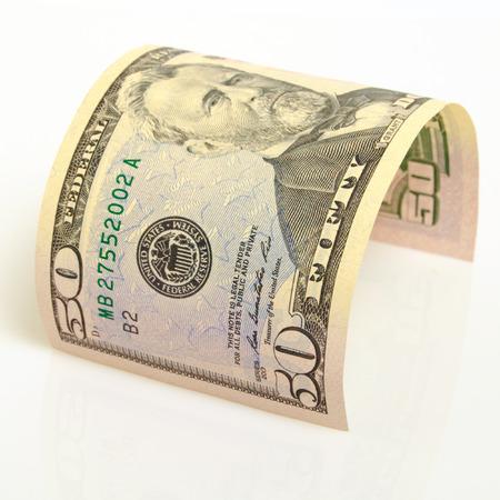 Een gebogen rekening $ 50 voor een licht vliegtuig.