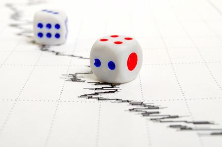 analog�a: Econ�mico, noticias financieras y del mercado de valores, an�lisis y pron�sticos. Foto de archivo
