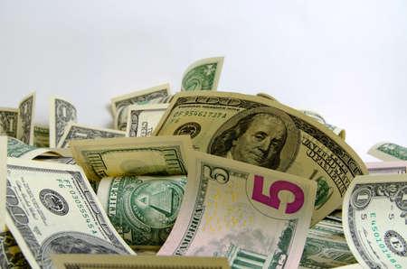 efectivo: Dólares en efectivo acostado en el avión.
