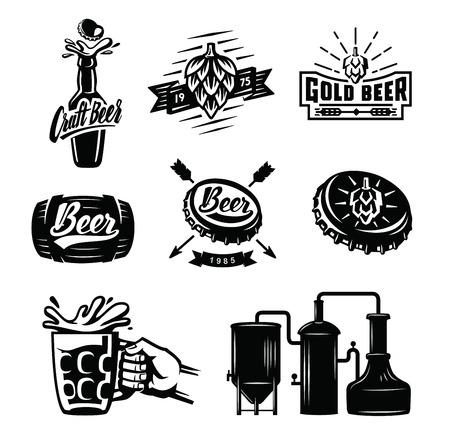 Set van vector bier badges op witte achtergrond Stock Illustratie