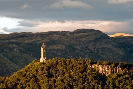 wallace: scotland wallace monument in the landscape