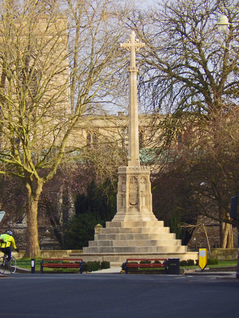 a war memorial in Saint Giles in the centre of Oxford commemorating the soldiers who died in the wars