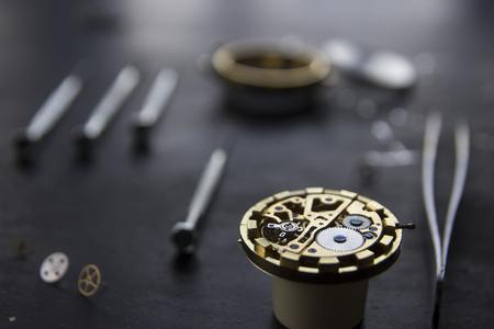 cronógrafo: Reparación mecánica de relojes Foto de archivo