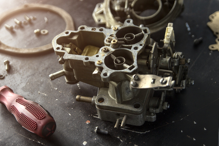 Repair process of machine parts with special tools