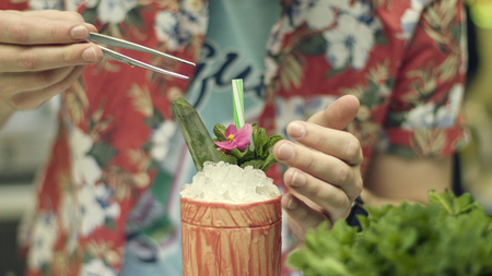 Bartender is making a nice cocktail, close up Фото со стока