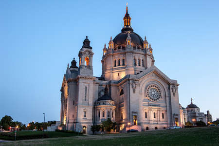 roman catholic: Cathedral of St  Paul