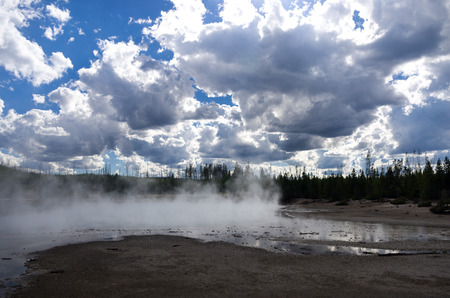 hydrothermal: Hot Springs in Yellowstone National Park