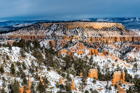 bryce: Butte at Bryce Canyon National Park