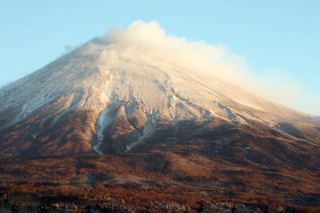 The South face of snow-capped Mount Fuji in Winter. Stock Photo - 502842