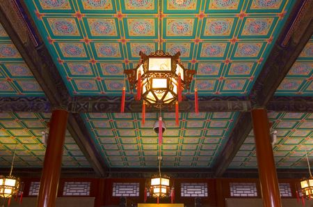 ceiling lamps: A highly decorative ceiling in an old house in Beijing