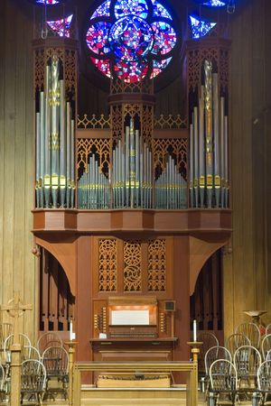 A beautiful pipe organ in an  American church