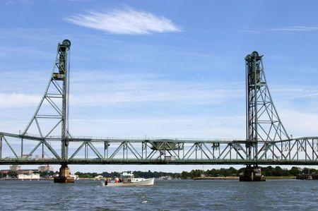 hampshire: El Memorial Bridge en Portsmouth, Nueva Hampshire Foto de archivo