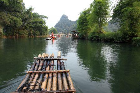 Traveling down the Yulong river, the Venice of China. 版權商用圖片