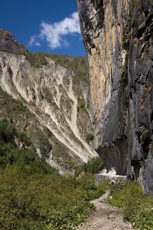 routed: Himalayan trails are often routed in a very interesting way