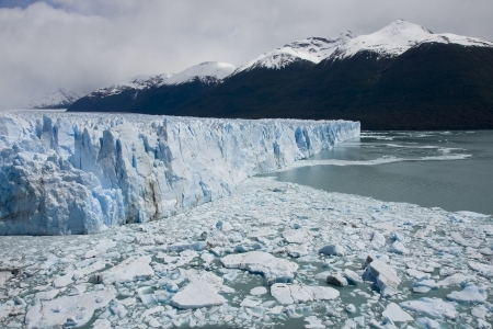 crack climbing: Perito Moreno Glacier as one of the few in the world continues to grow