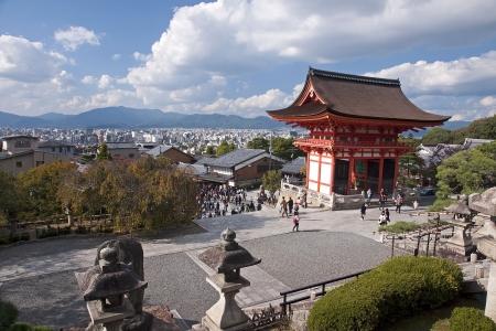 Kiyomizu gate in Kyoto