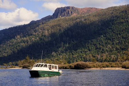 bushwalk: Cruiser floating on Lake St. Clair  (Cradle Mountain - Tasmania, Australia)