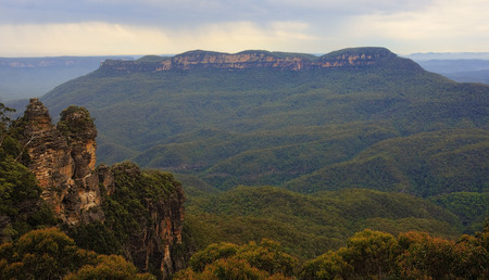 Blue Mountain are frequently visited place situated near Sydney photo