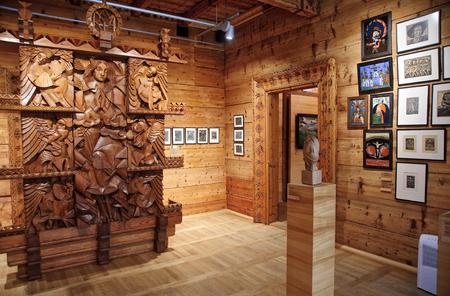 xx century: ZAKOPANE, POLAND - APRIL 24, 2016: Art museum XX century Willa Oksza on 24 April 2016 in Zakopane, Poland. The historic building houses the art gallery of the twentieth century willingly visited by tourists