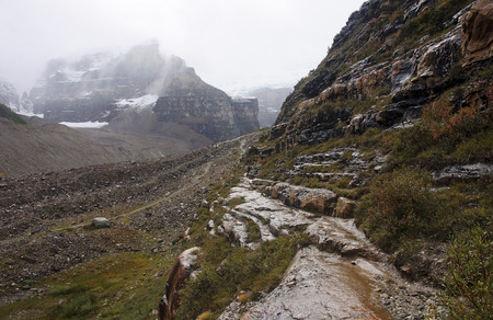 louise: The trail to the Plain of Six Glaciers Tea House from Lake Louise (Canada)