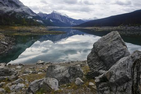 skying: Lake Medicine near Jasper in Rocky Mountains (Canada)