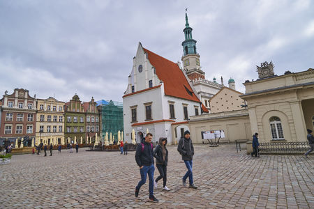 wielkopolskie: POZNAN, POLAND - APRIL 30, 2017: Old town square on 30 April 2017 in Poznan, Poland. Poznan is the former capital of Poland - a city with many old monuments