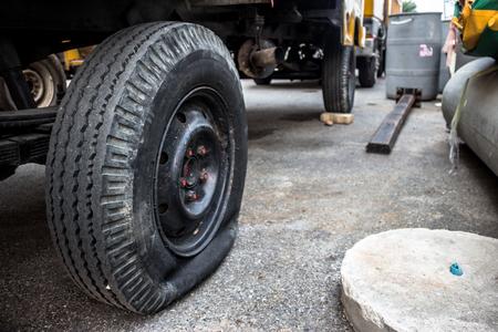 flat: Flat tire car