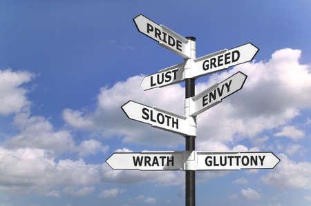 mortale: Concetto di immagine di un cartello con i sette peccati mortali sulle frecce.