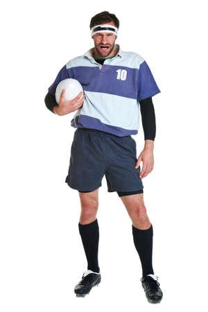 pelota rugby: jugador de rugby recortar sobre un fondo blanco.