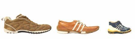 madre e hijo: padre, madre, hijo zapatos  Foto de archivo