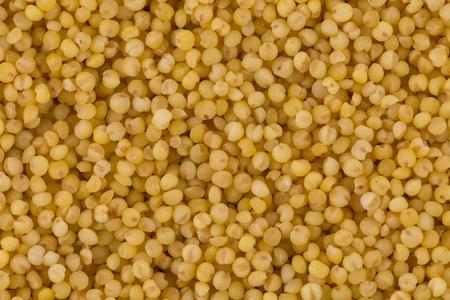 sorgo: Primer plano de mijo seco. Vista superior o endecha plana. Concepto de alimentación y dieta saludable