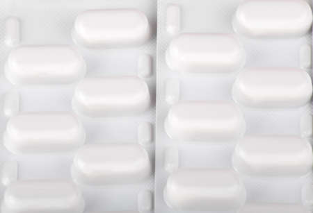 many tablets in blister photo