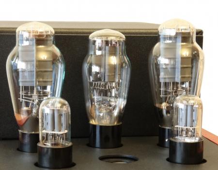 vacuum tube amplifier on 300B triodes photo