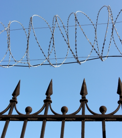 barbwire on sky background Stock Photo - 14908257