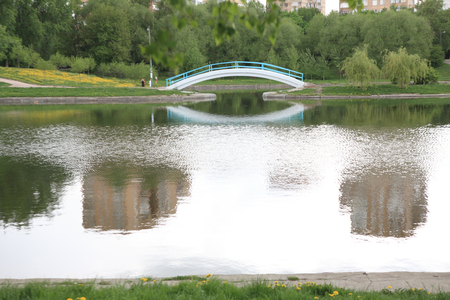 spring in city park Stok Fotoğraf - 123111033