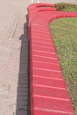 red flowerbed Imagens