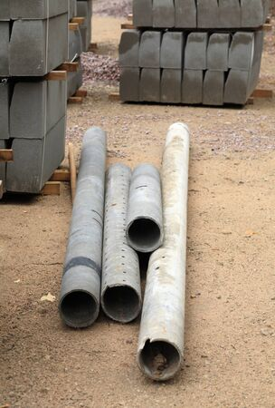 edge stone pack coupled and tubes at day