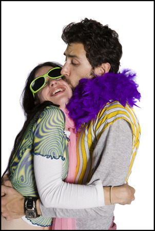 boas: Profile Of A Young Man Kissing A Young Woman LANG_EVOIMAGES